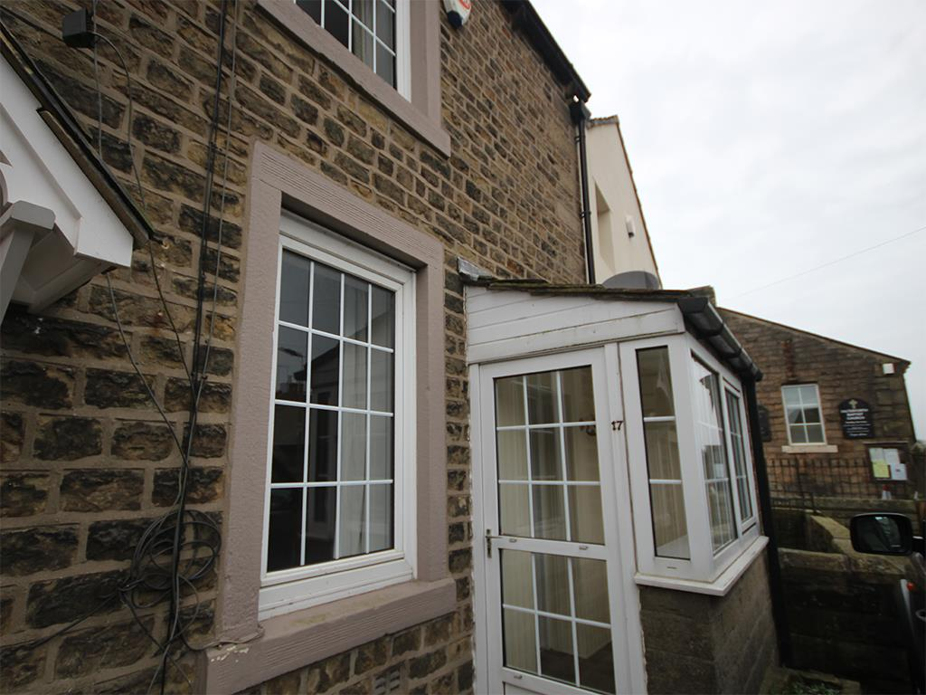 1 bedroom cottage To Let in Salterforth - front.jpg